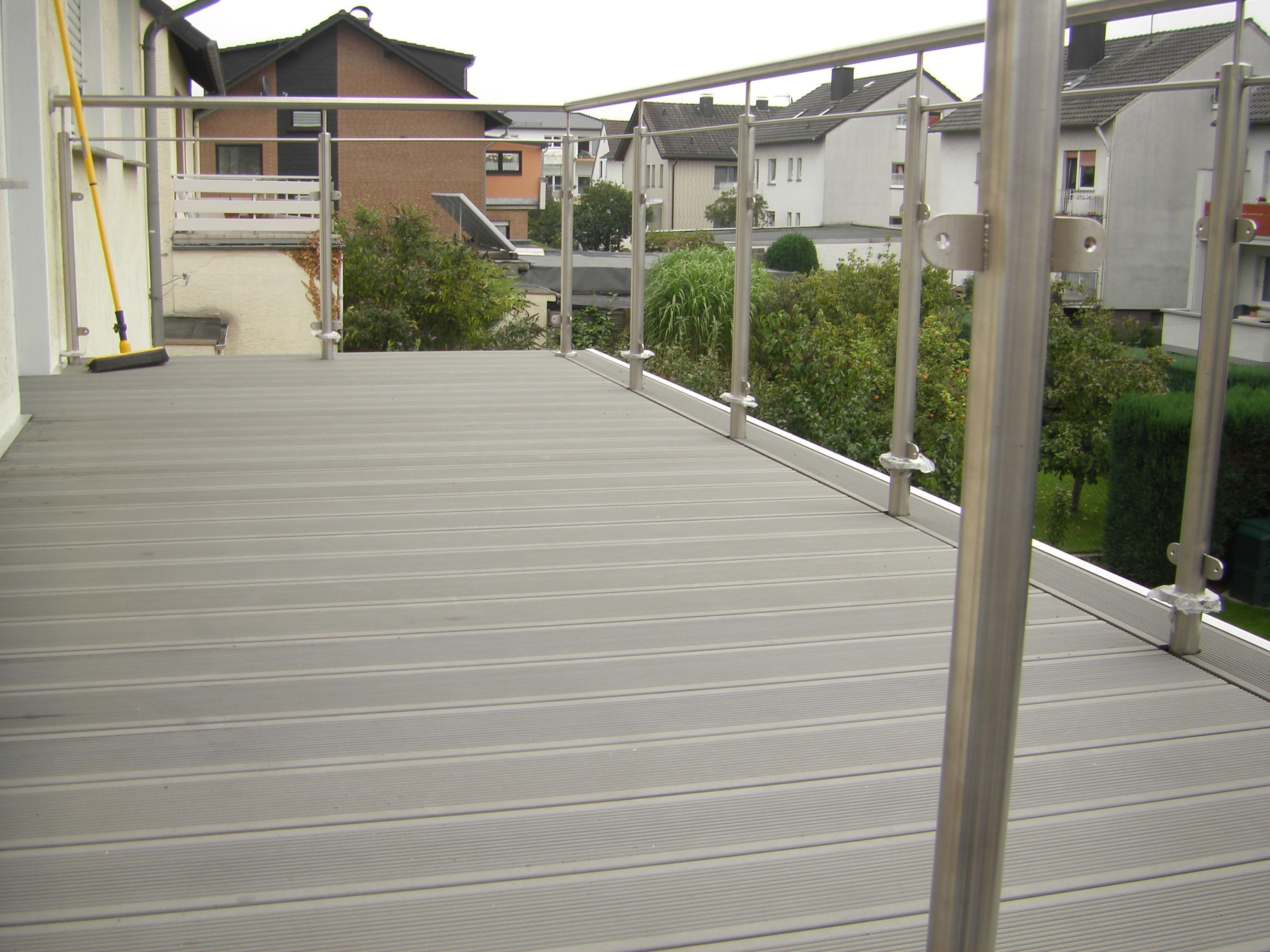 terrasse balkon sauerland. Black Bedroom Furniture Sets. Home Design Ideas