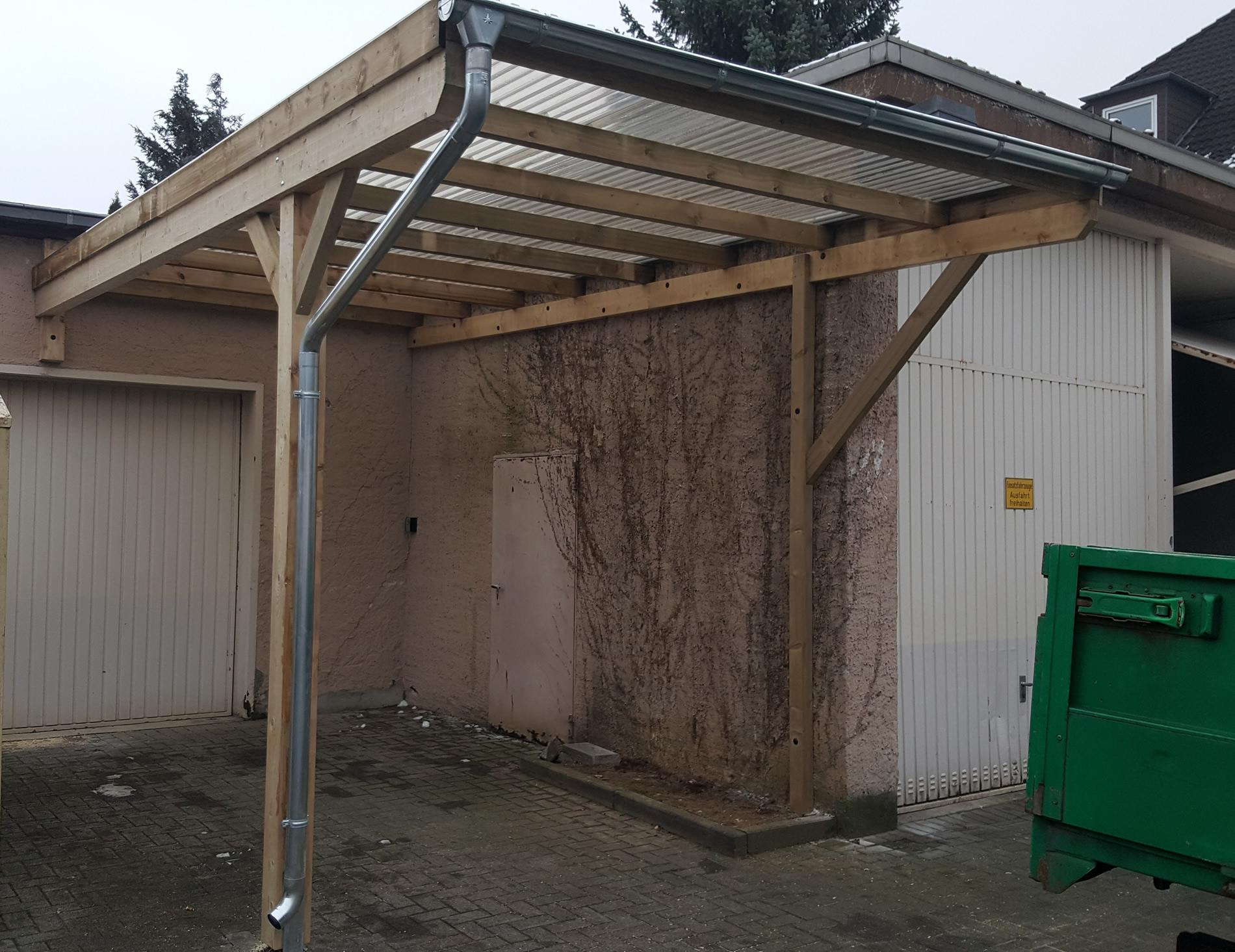 Referenzen carports sauerland for Carport pfosten