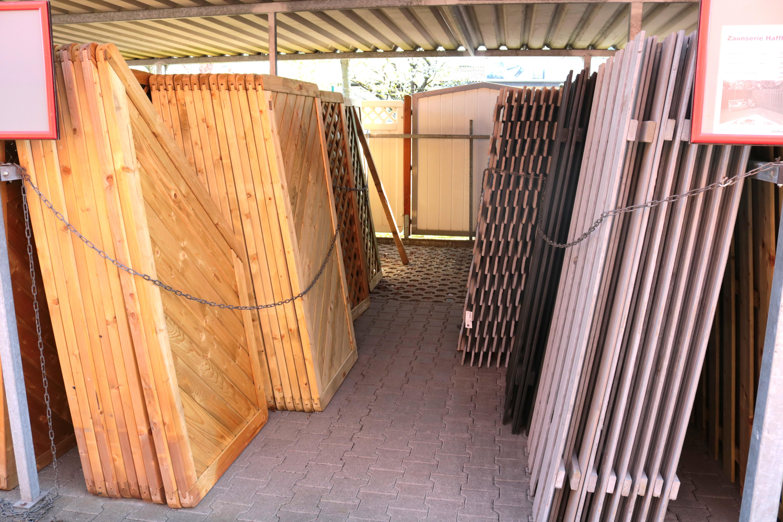 Gemeinsame Den Zaun streichen und winterfest machen - Zaunfarbe und Zaunlasur #IB_85